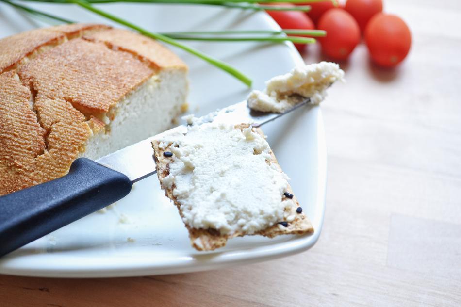 גבינת פטה שקדים