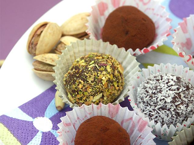 טראפלס שוקולד עם צנוברים