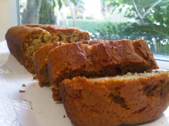#12 עוגת בננות טבעונית
