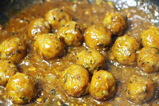 כדורי ירקות ברוטב הודי