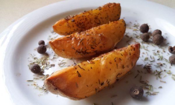 סירות מתפוחי אדמה אפויות בתנור