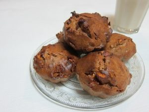 Banana-Bread-with-Caramelized-nuts-Muffin-version