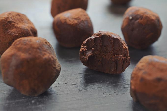 טראפלס שוקולד אבוקדו