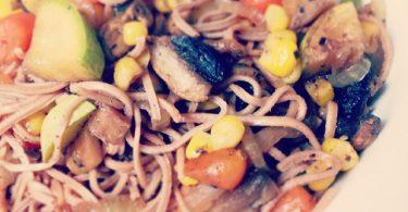 אטריות אזוקי עם ירקות