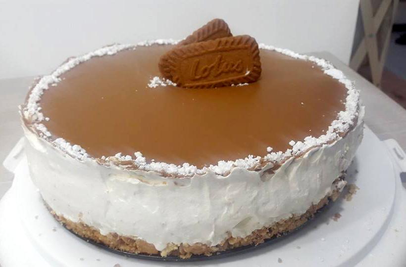 עוגת גבינה בציפוי לוטוס