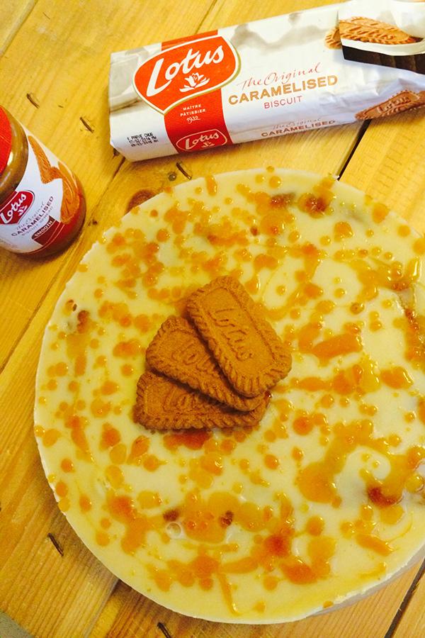 עוגת לוטוס ביתית