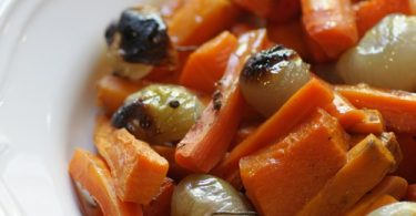 ירקות כתומים צלויים בתנור