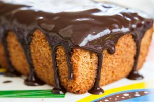 עוגת תפוזים נימוחה בציפוי שוקולד-קפה