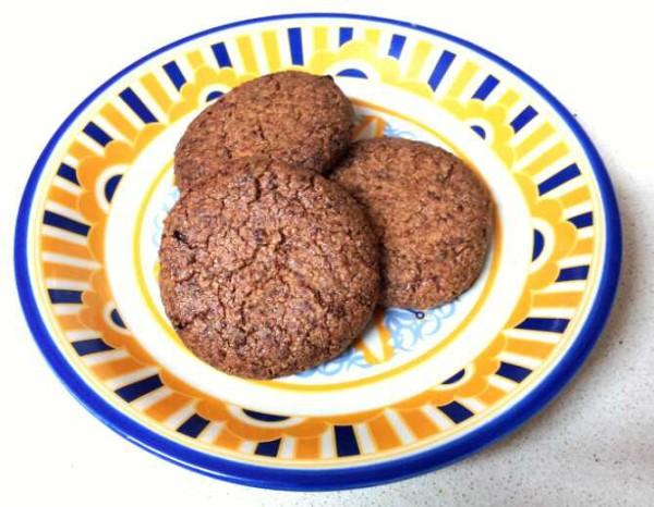עוגיות טחינה קוקוס וקינמון