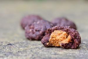 עוגיות כיס שוקולד במלוי חמאת בוטנים