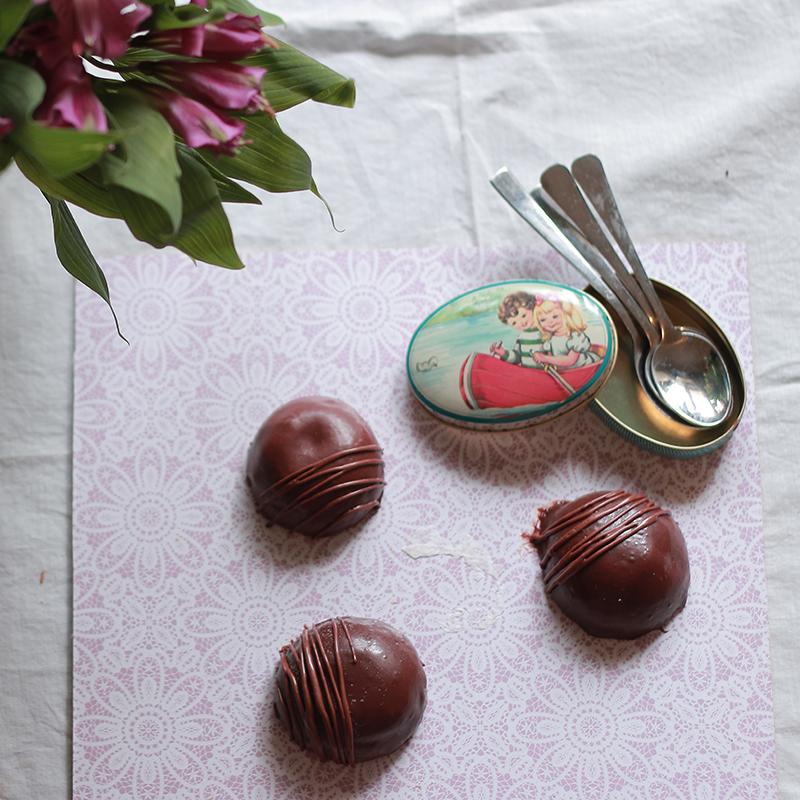כיפות מוס שוקולד
