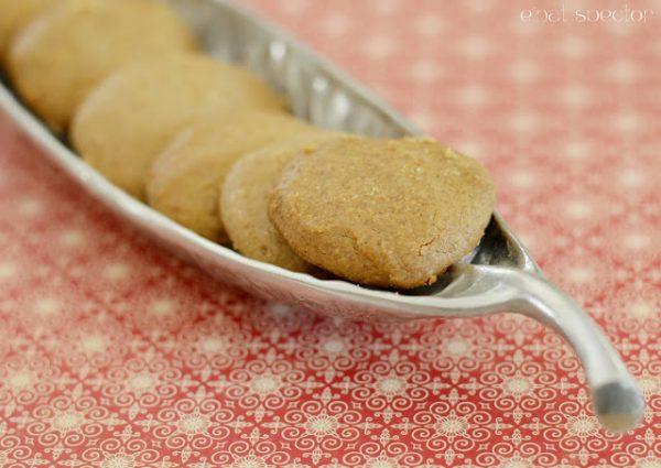 עוגיות חלבה ופרלינה