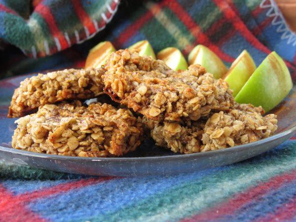 עוגיות שיבולת שועל תפוחים וקינמון טבעוניות ללא גלוטן