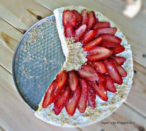 http://vegan-vibe.blogspot.co.il/2015/05/vegan-cheese-cake-crumbs.html