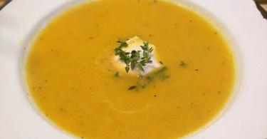 מרק פלפלים צהובים