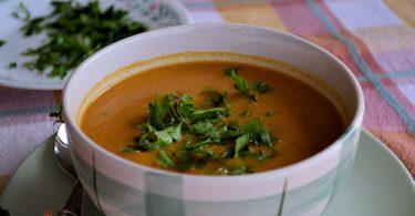 מרק עגבניות, חומוס ואורז