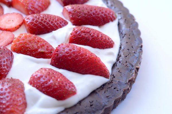 עוגת בראוניז תותים