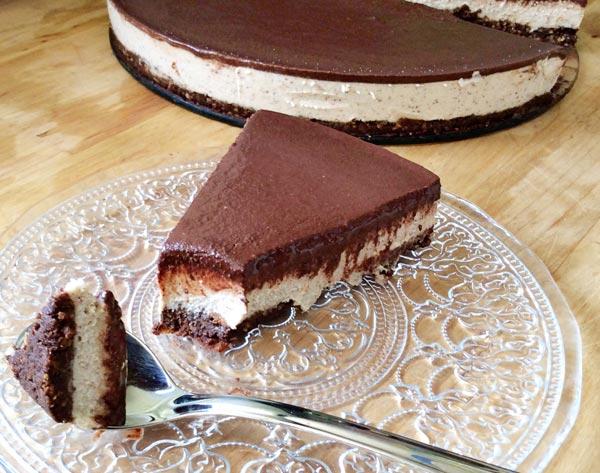 עוגת גבינה-שוקולד טבעונית