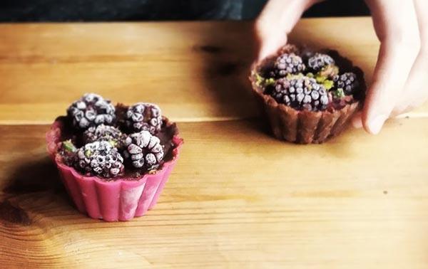 קאפקייק שוקולד ללא אפיה וללא גלוטן