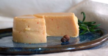 גבינה צהובה טבעונית לפיצה וטוסטים