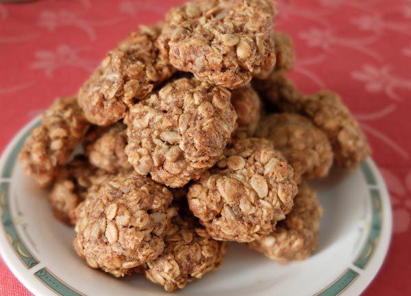 עוגיות שיבולת שועל וחמאת בוטנים