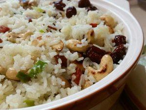 אורז עם חמוציות
