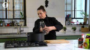 מרק ירקות ושעועית עם לקט איטלקי