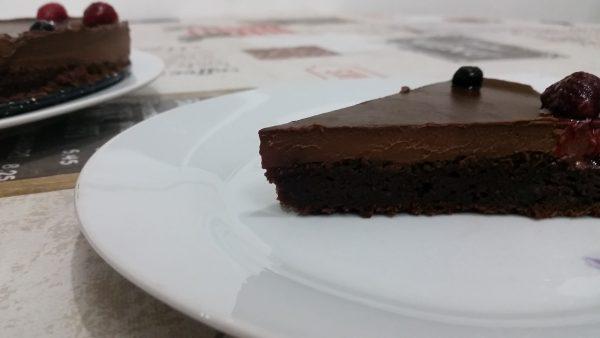 עוגת קרם שוקולד-קוקוס