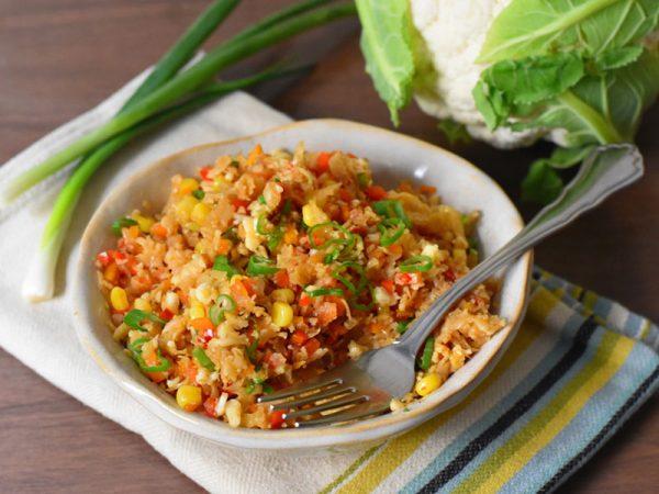 אורז כרובית מוקפץ עם ירקות