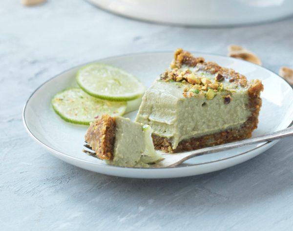 עוגת ליים ופיסטוק טבעונית