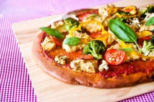 פיצה טבעונית ללא לישה