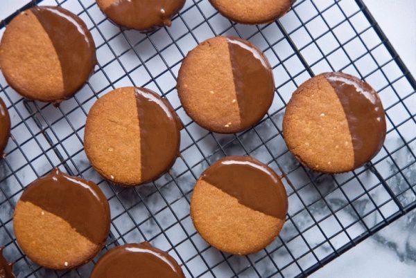 עוגיות חלבה ושוקולד