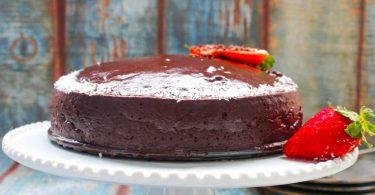 עוגת שוקולד טבעונית ללא גלוטן