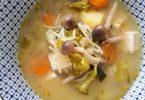 מרק ירקות ואטריות
